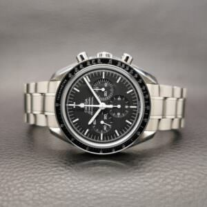 Omega Speedmaster Moonwatch Chronograph 42 mm Sapphire Crystal