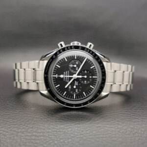 Omega Speedmaster Moonwatch Chronograph 42 mm Manual Winding